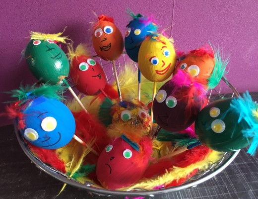 Une décoration de Pâques avec les enfants