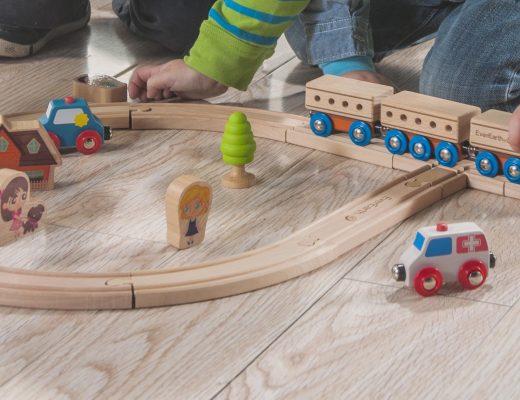 Les jouets en bois écologique EverEarth