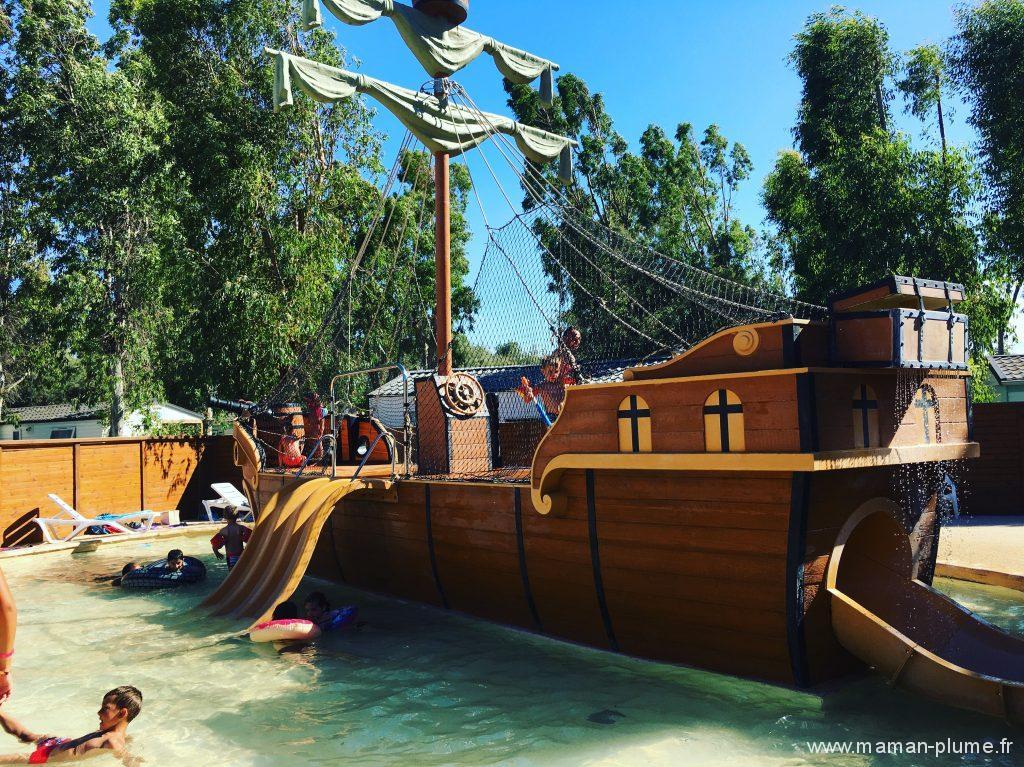 piscine bateau pirate baracares