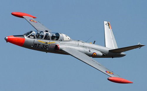 vol-avion-de-chasse-fouga-magister