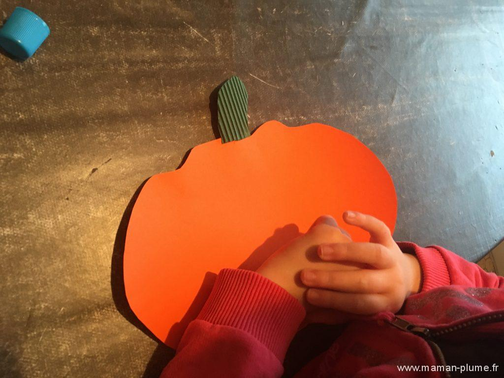 diy-halloween-citrouille-qui-on-le-smile-vert