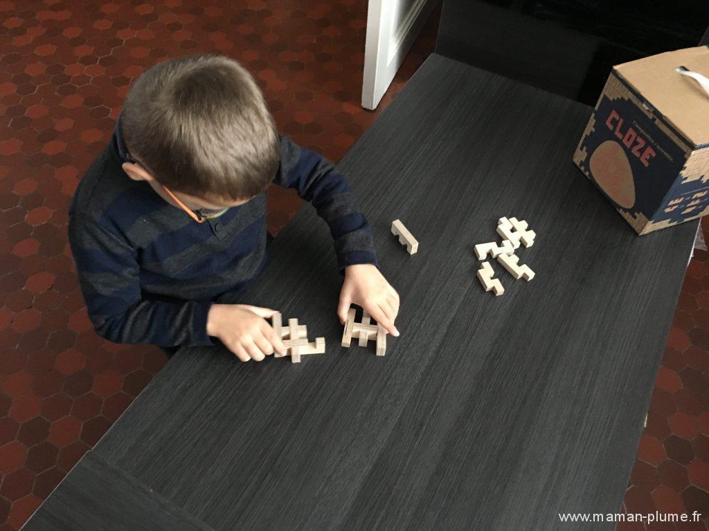 jeu-enfant-construction-cloze