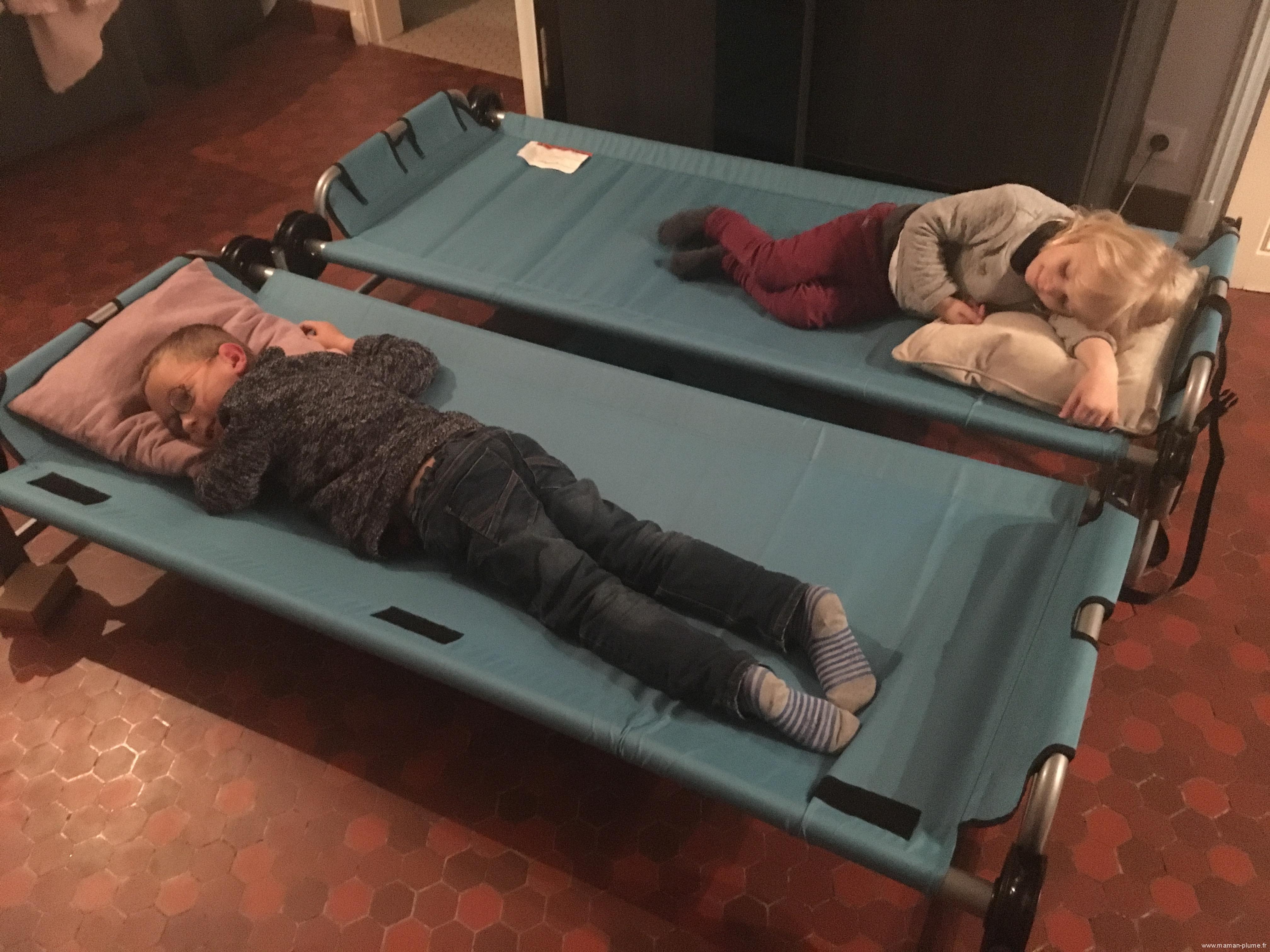Le double lit de voyage Kid-O-Bunk