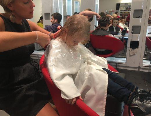 Son premier coiffeur…