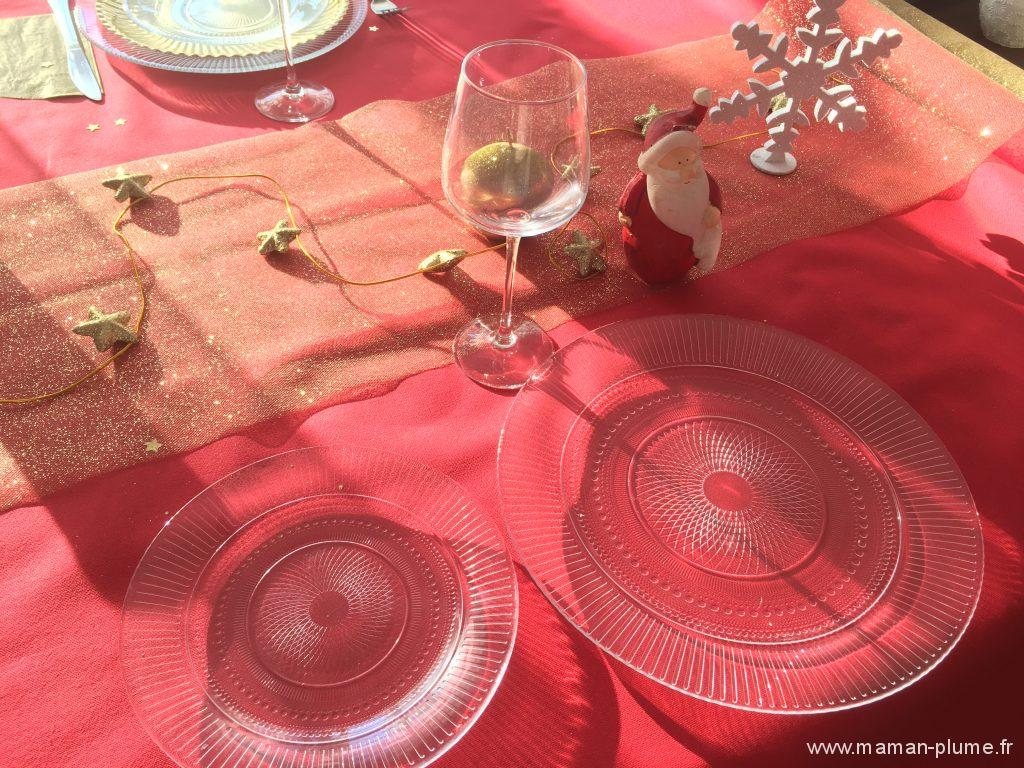 latabledarc-vaiselle-noel-idee-decoration-table-noel