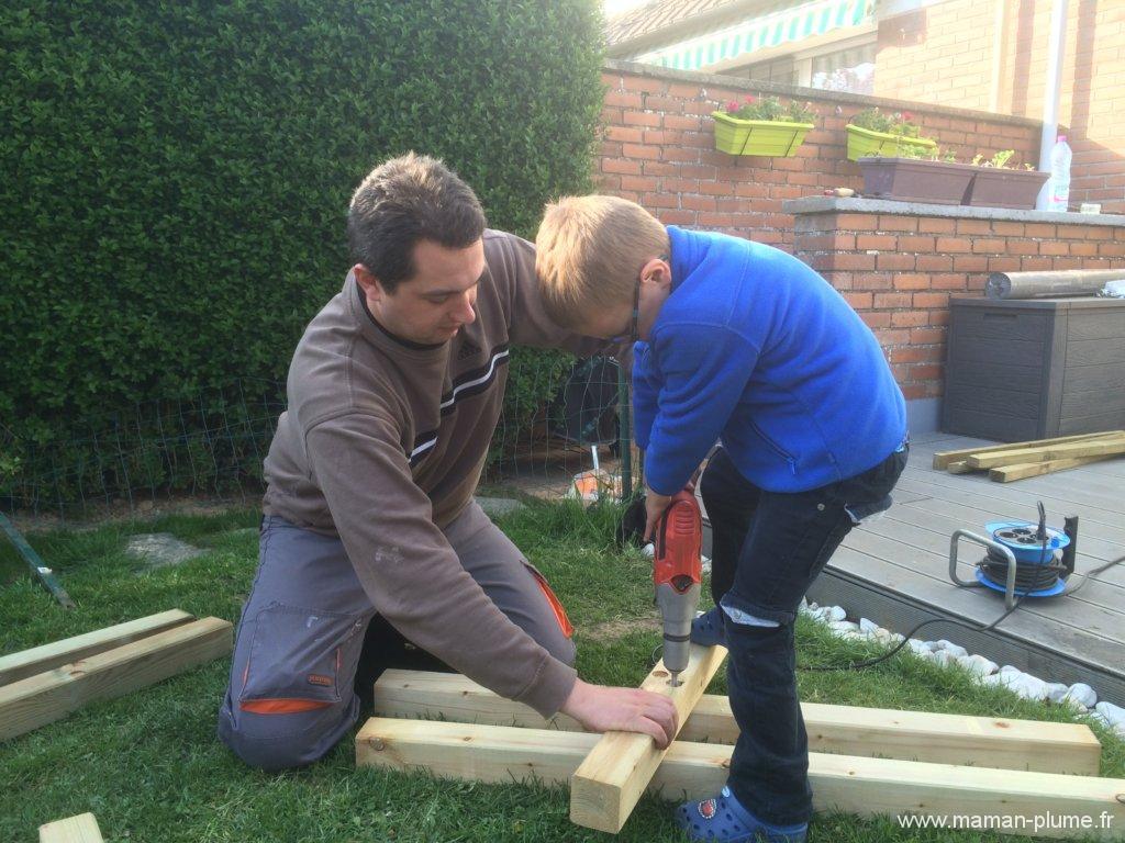 Construire Un Carré Potager construction d'un carré potager surélevé pour vos enfants