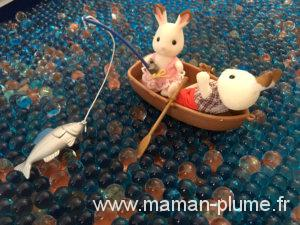 La famille lapin part en mer avec les Sylvanian