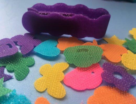 Fabriquer des bracelets en velcro c'est facile avec SES Creative
