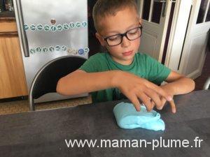 DIY, 3 recettes de slime rien que pour vous !