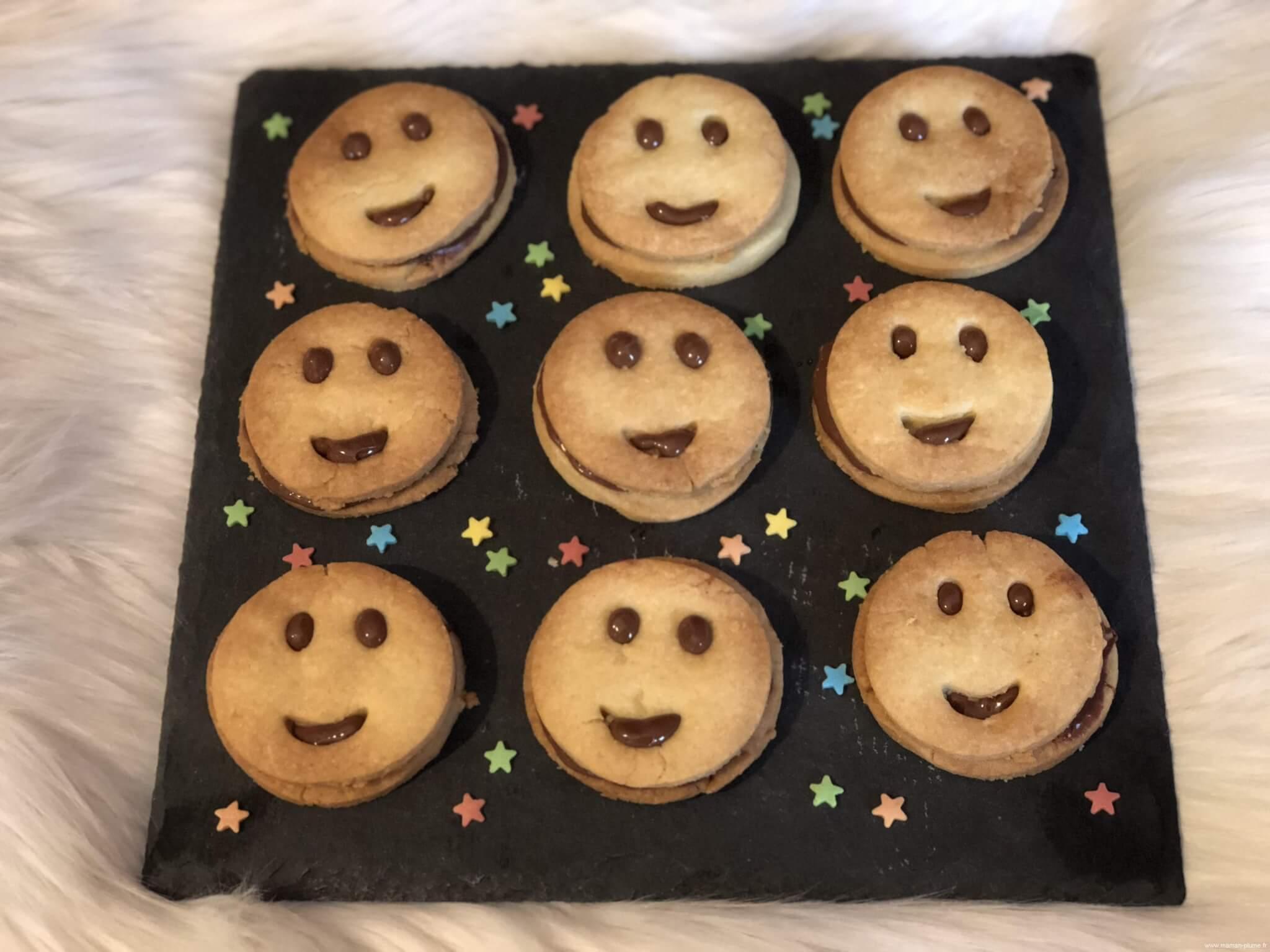 biscuit smile recette enfant gouter enfant le blog de. Black Bedroom Furniture Sets. Home Design Ideas