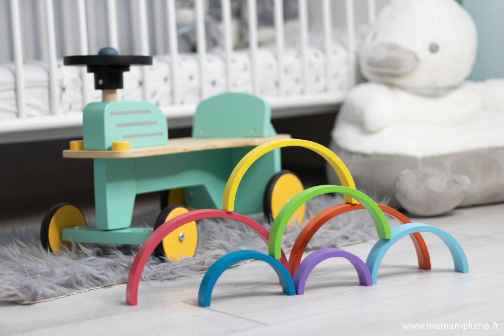 Les jouets en bois pour le noël de bébé Plume !