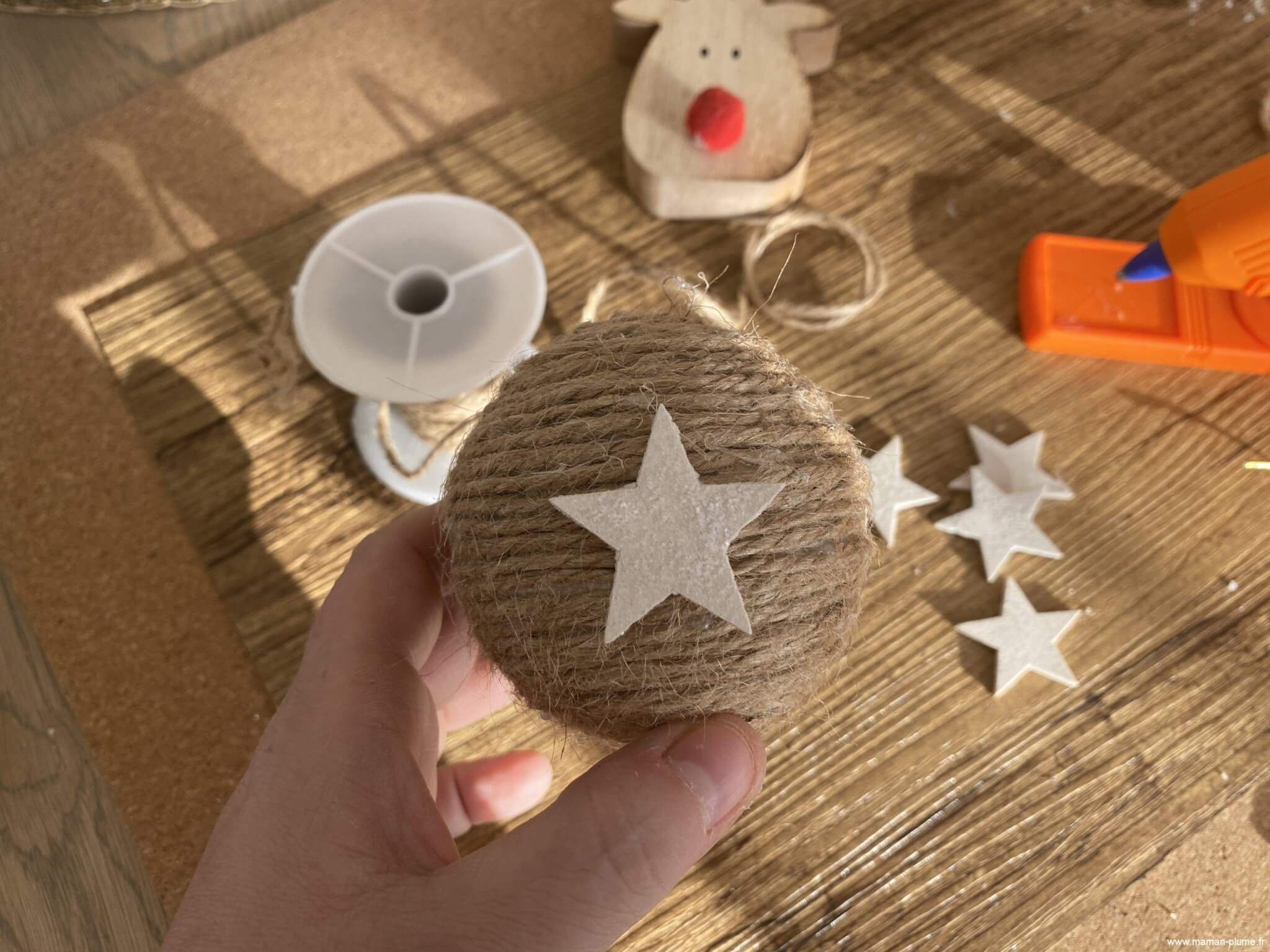 Je fabrique ma boule de Noël en corde, DIY !